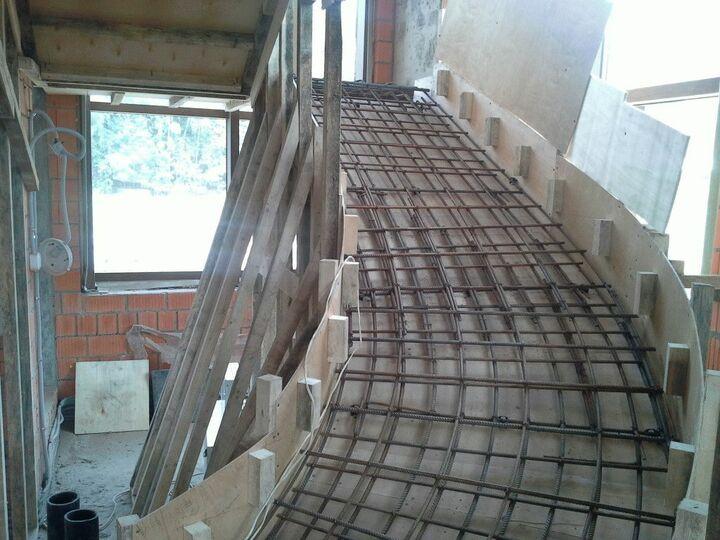 Укладка арматуры для лестницы