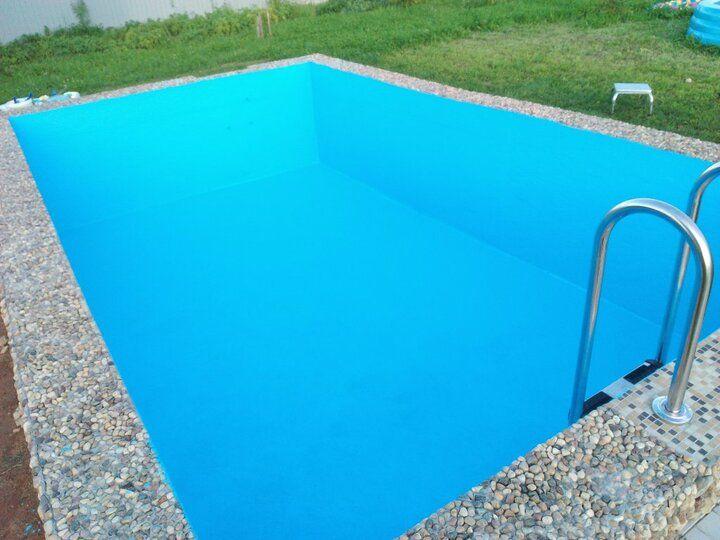 бетонный бассейн полностью отделанная чаша краской